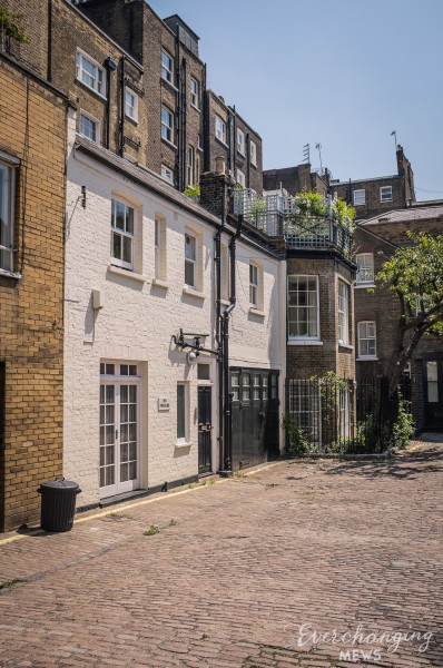 Montagu Mews South