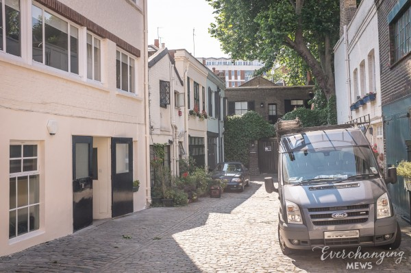 Chester Square Mews