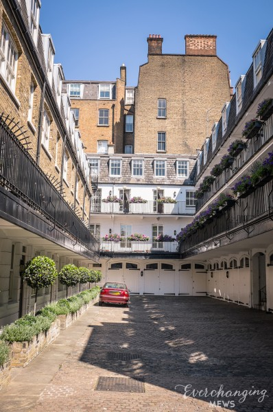Canning Place Mews
