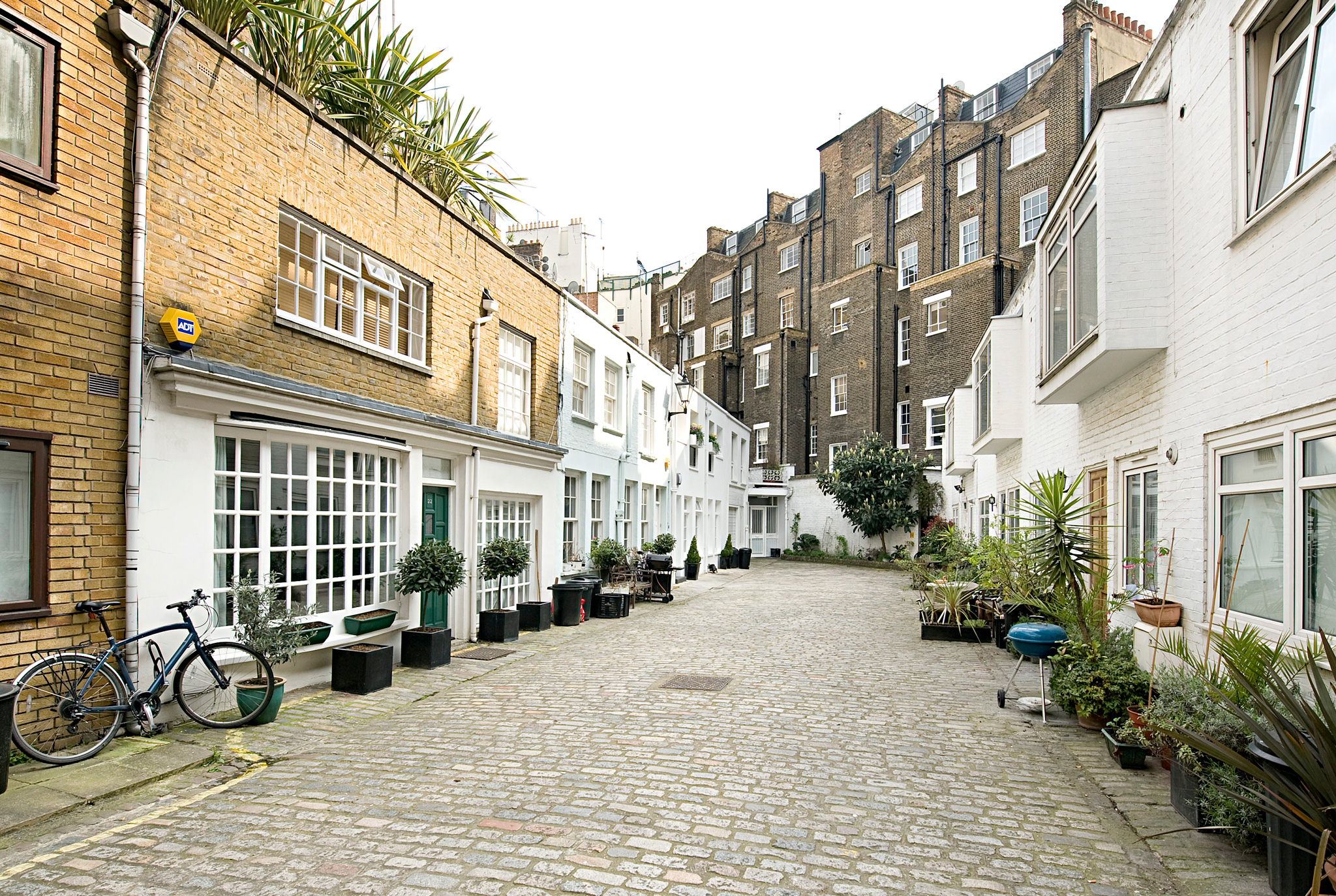 Smallbrook Mews - built in line with the Westbourne